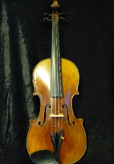 Images of a lovely 3/4 German violin made around 1890 with a lovely oil varnish. No label image is included as violin bears no label.